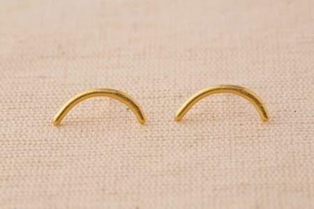 Takara Arch Stud Earrings
