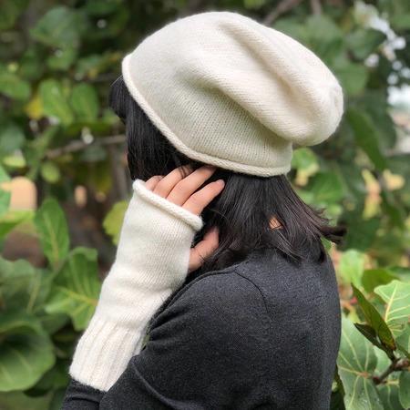 Megan Huntz Snow Essential Alpaca Gloves - white