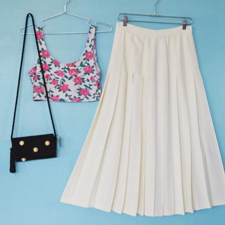 Friends & Neighbors Anne Klein II pleated skirt