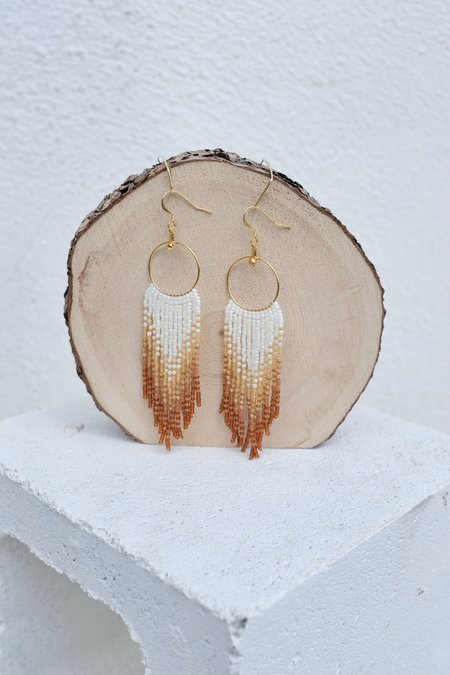 bead n butter Nickys Earring - Ivory Earth