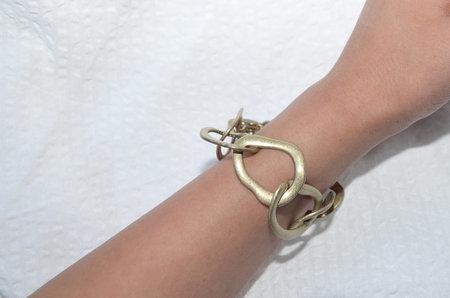 Clan of Cro VINTAGE Circle Link Bracelet - Gold