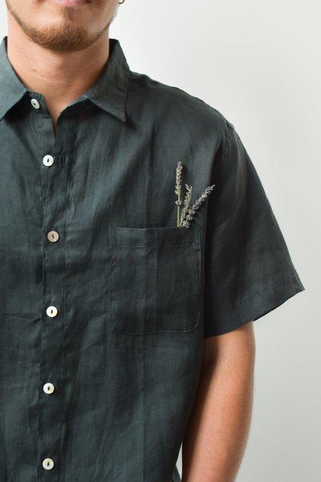 at Dawn. Men's Linen Shirt S/S - Green
