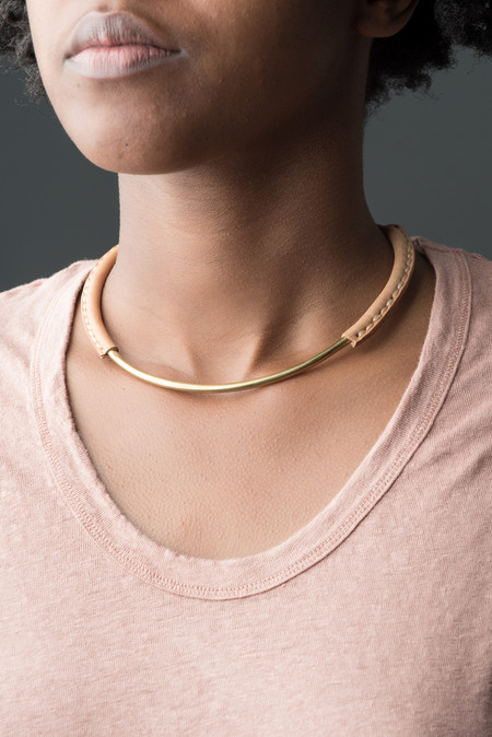 Crescioni Mesa Necklace In Brass
