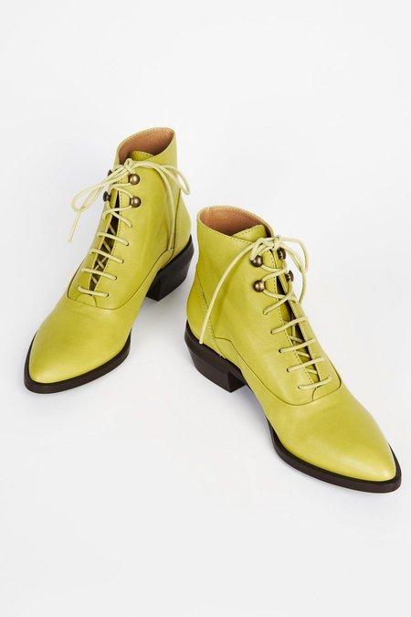 INTENTIONALLY _________ WEST bootie  - Olive