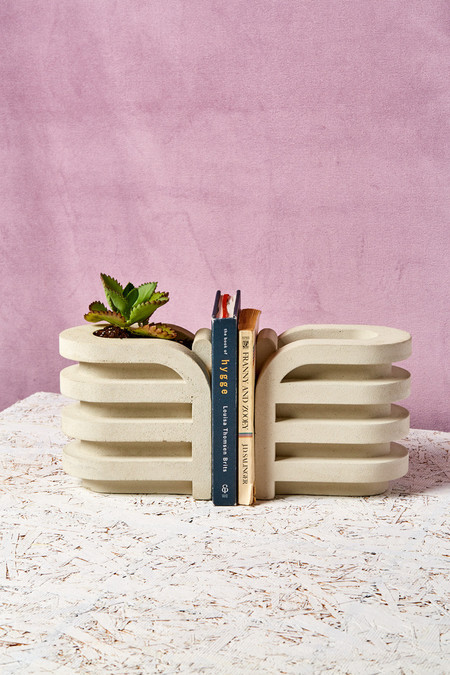 Spadone Home Rooftop Planter Bookend