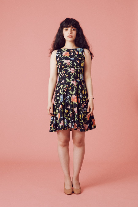 Samantha Pleet Welkin Dress - Black Wallpaper