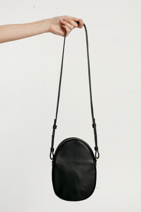 Modern Weaving - mini oval cross body - Black