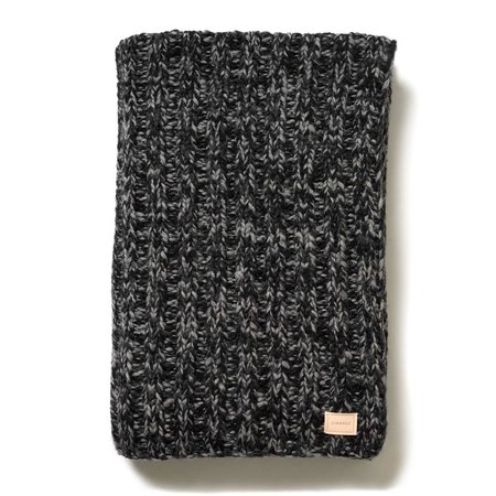 MAPLE CANADIAN HEAVY KNIT BLANKET (CHARCOAL)