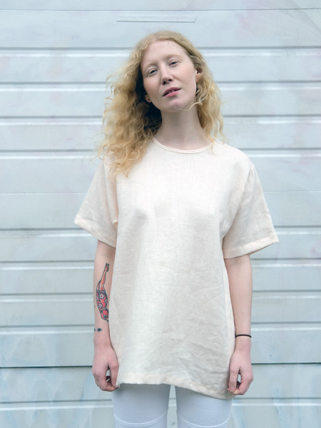 Unisex Lloyd LINEN TEE IN BLUSH