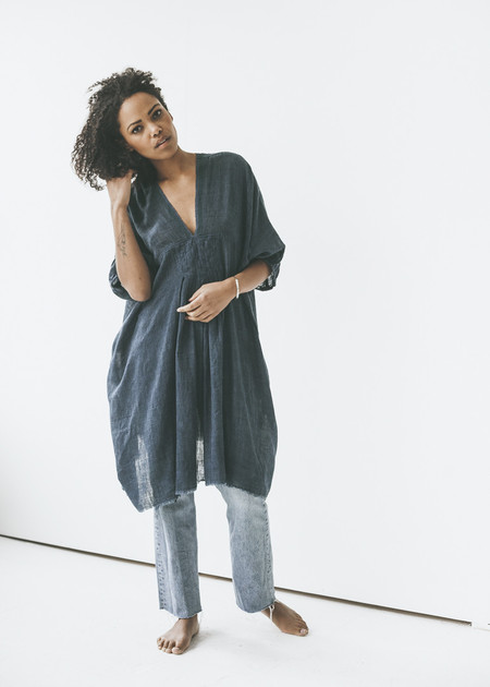 Auntie Oti - V Neck Top in Indigo