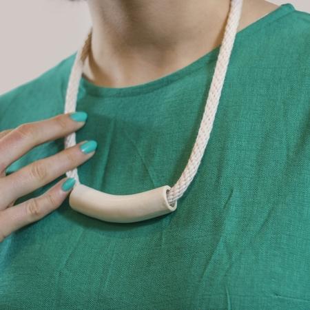 YYY 'White Tube Necklace'