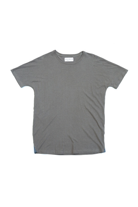 Unisex SEEKER Dolman Tee in Ash Grey
