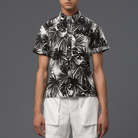 KRAMMER & STOUDT - Dillon Short Sleeve Shirt - Black and White Hawaiian Print