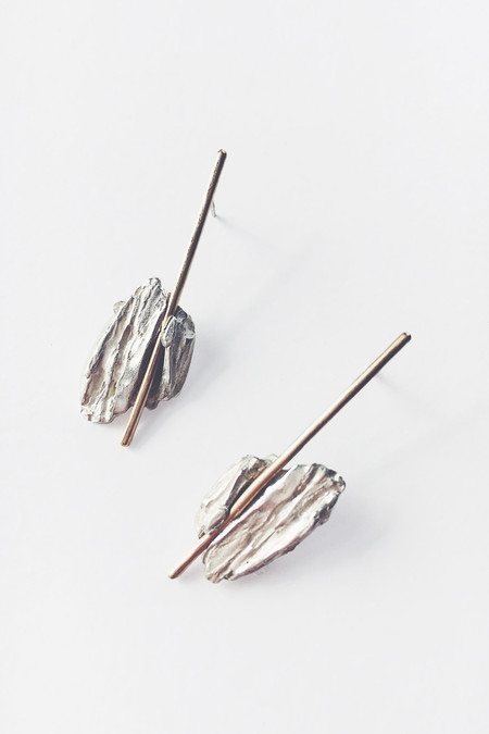 Saltgrass Stone & stick earring in recycled metal