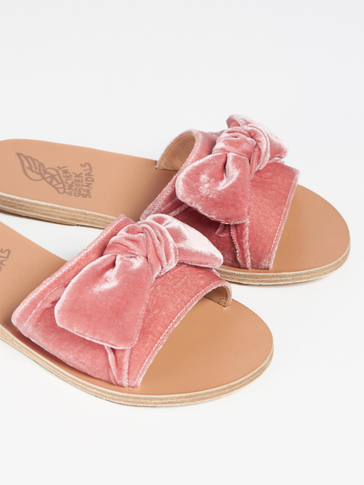 761dc4039751 Ancient Greek Sandals Taygete Bow - Velvet Dusty Pink