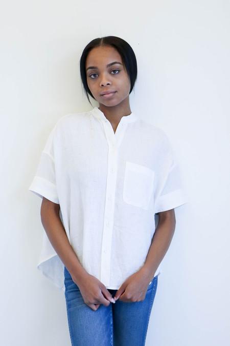 7115 By Szeki Linen Pocket Shirt in Off-White