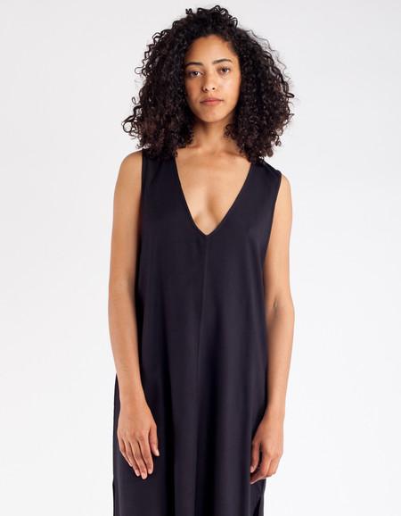 Ali Golden Rayon V-Neck Midi Dress Black