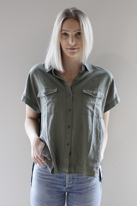 Rails button down roll sleeve