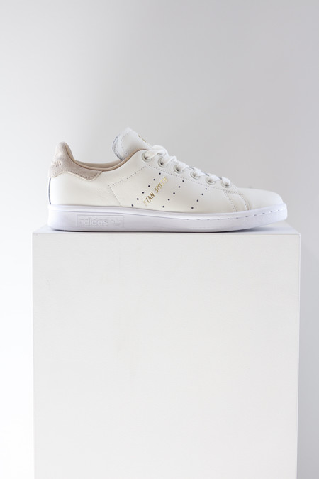 Adidas Stan Smith in cream