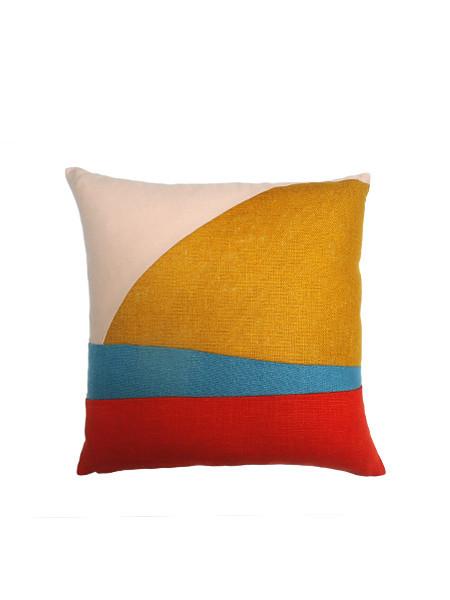 IGWT Horizon Pillow - Right
