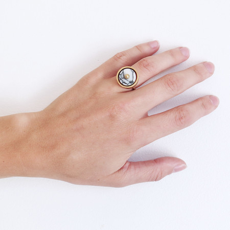 Metalepsis Disc Ring with White Stone