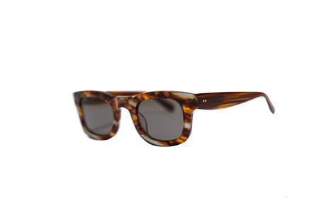 Sun Buddies SISSY Sunglasses  - GREY BROWN SWOSH