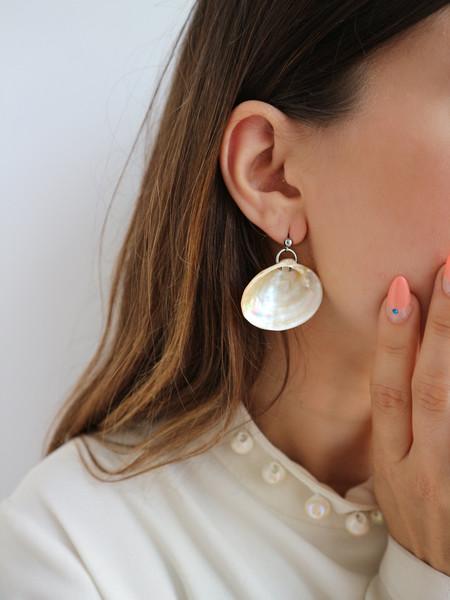 Soft Blonde Mermaid's Toenail Earrings - Peach/iridescent
