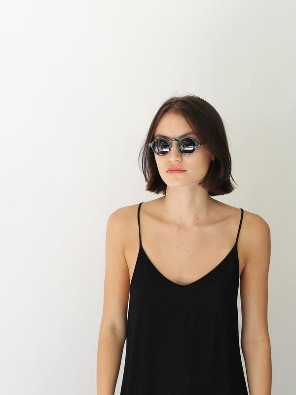 Dusen Dusen Oval Sunglasses | Green Marble