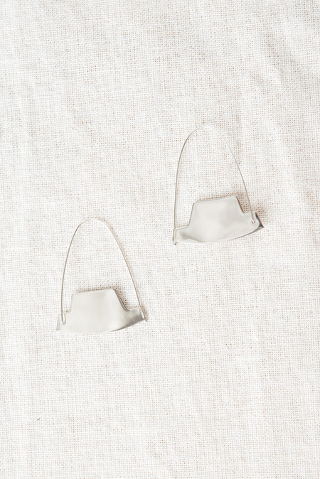Erin Considine Arch Hoop Earrings In Silver