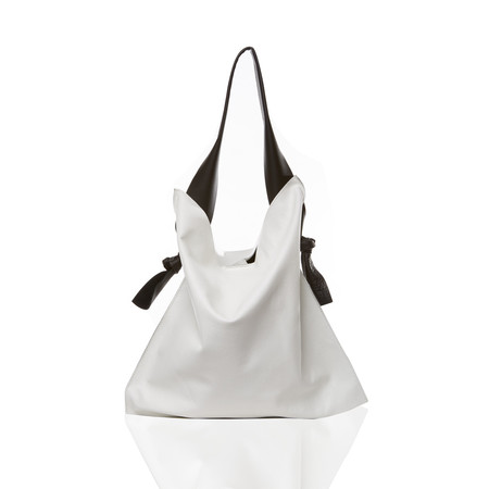 Marie Turnor The Knot Tote - Pebble White