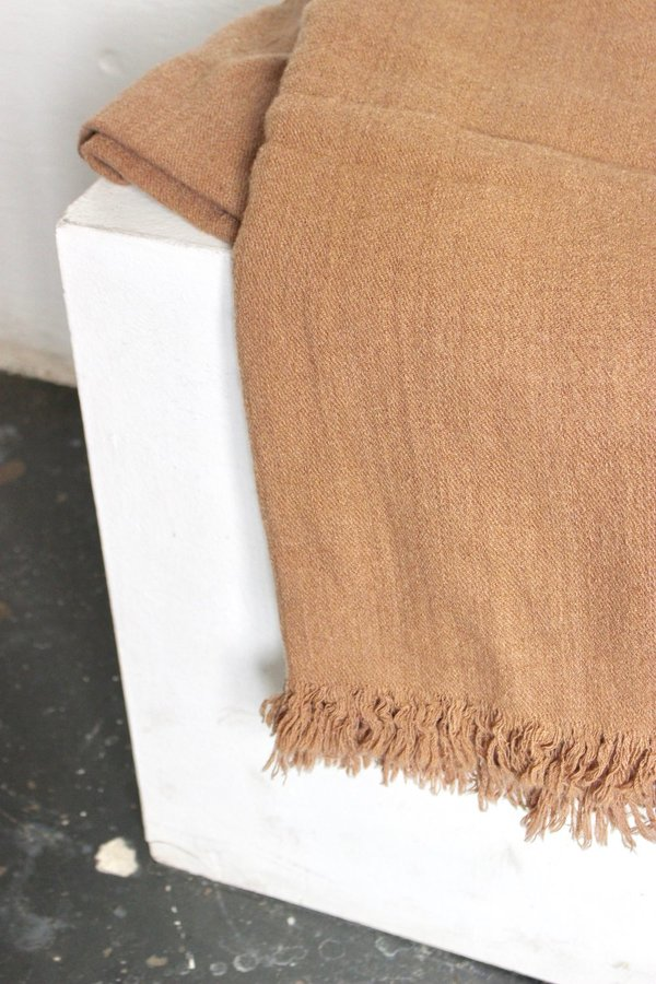 Auntie Oti Lightweight Wool Throw - Fawn