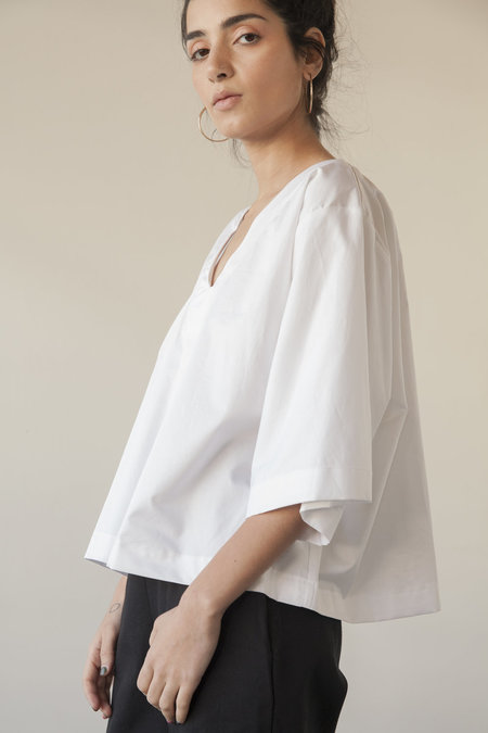 Sunja Link V-neck Top