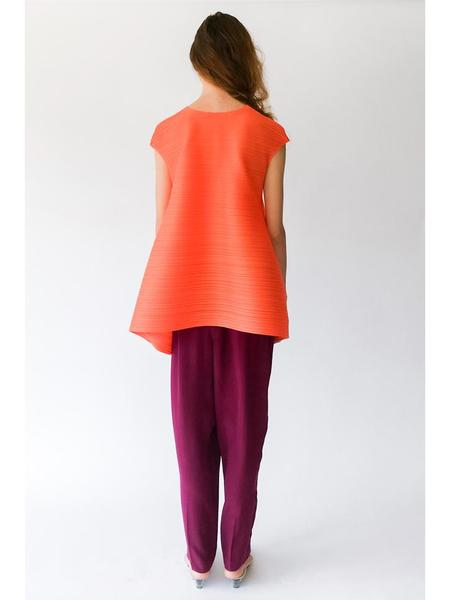 Issey Miyake Poyon-Poyon Vertical Bounce Pleat Top - Orange