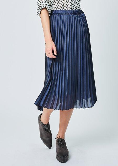Yoshi Kondo Job Pleated Skirt in Navy