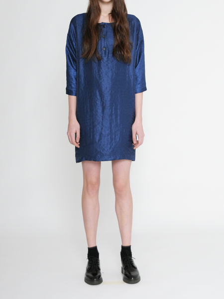 "Diarte ""Stella"" 3/4 Sleeve Shiny Blue Shift Dress"