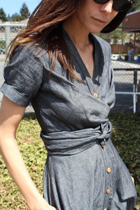 Heinui Nine Dress Black Chambray