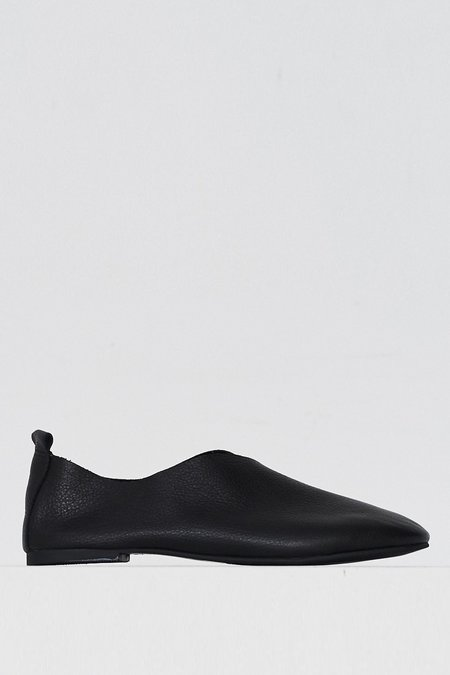 Intentionally blank Leather Date Flat