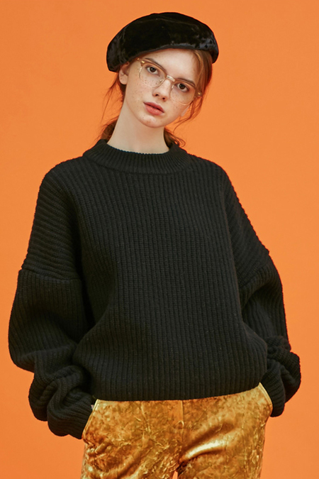 Another. Volume Wool Knit- Black