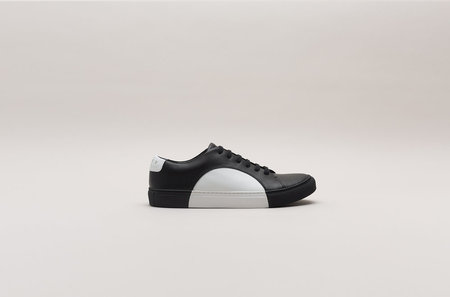 THEY New York Circle Low in Black/White