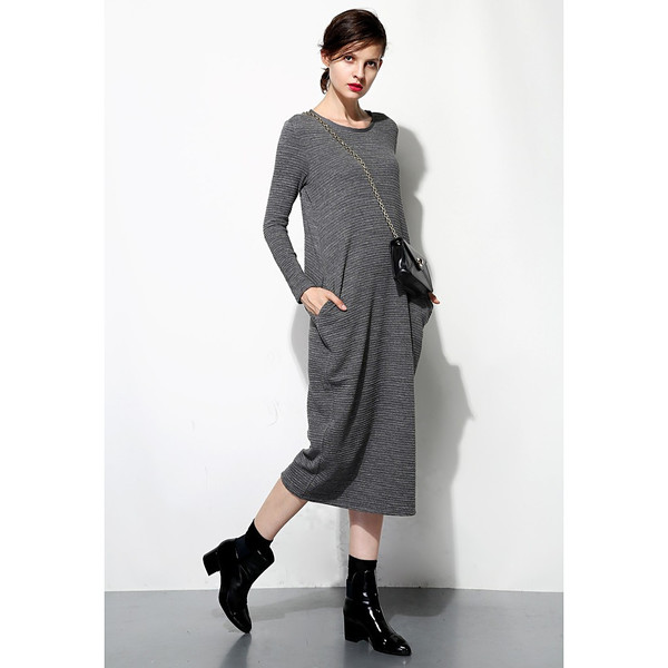 Textured Knit Sweater Dress With Pockets