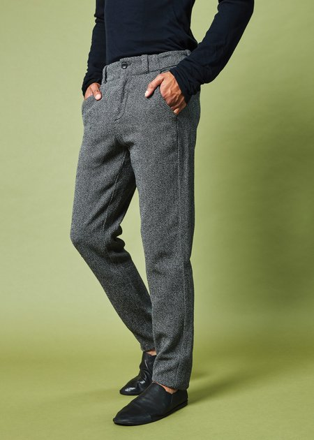 Hannes Roether Men's Track Textured Dress Pant
