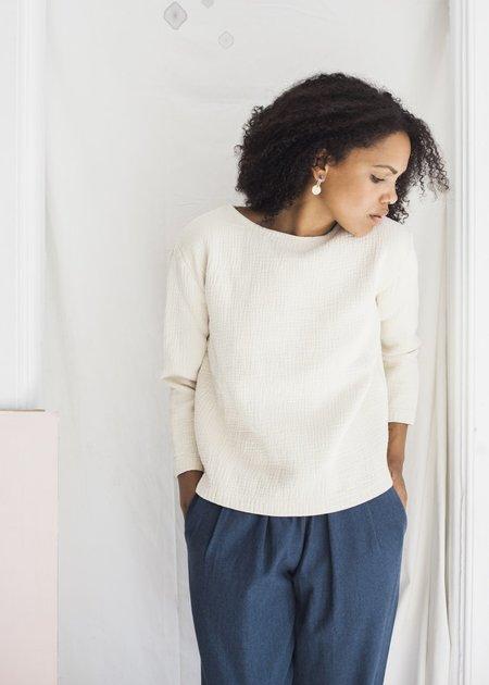 Black Crane Pullover in Cream