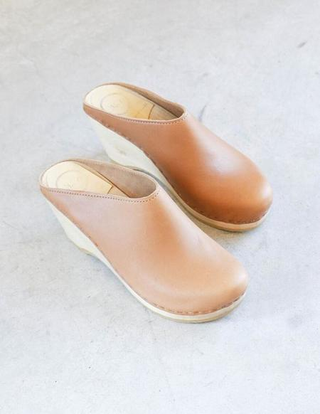No.6 New School Clog on Wedge in Palomino
