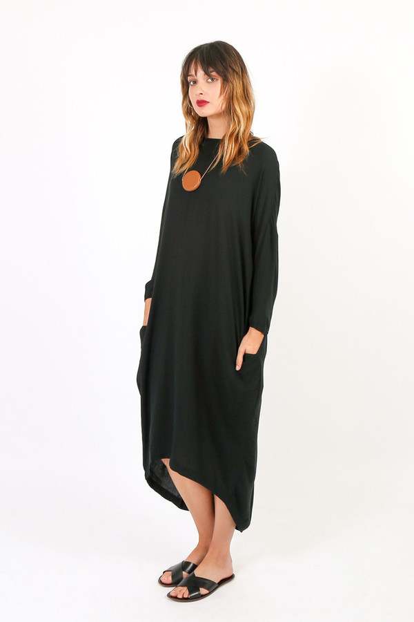 Cocoon dress black