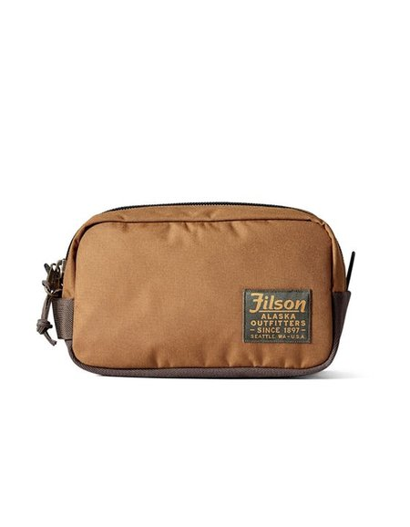 Filson Travel Pack in Whiskey