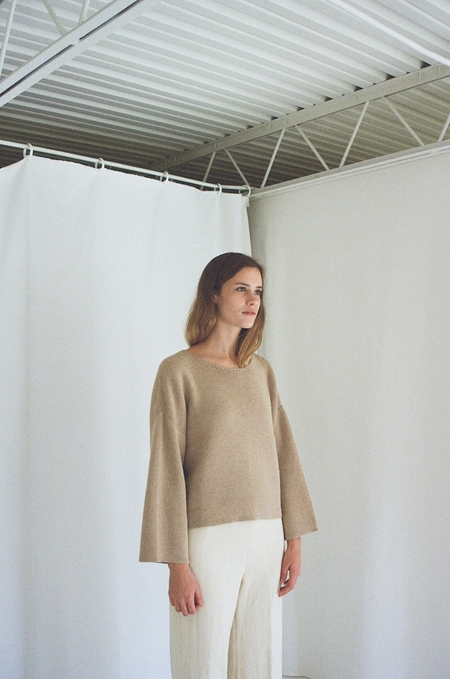 Han Starnes Rib Sweater - Fawn