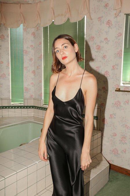 PRISCAVera Open Back Slip Dress in Black