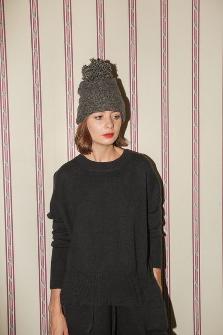 Hansel From Basel Kat Beanie in Charcoal