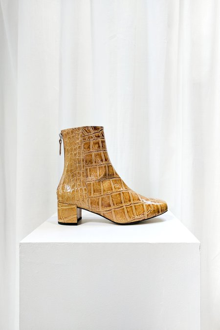 About Arianne Leo Boot - Mustard Coco
