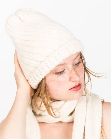 Micaela Greg Swirl Alpaca Hat in Cream